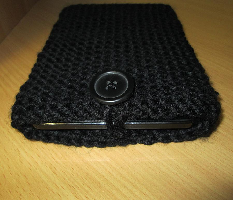 Une housse en tricot pour garder sa tablette au chaud la for Housse tab s2 8